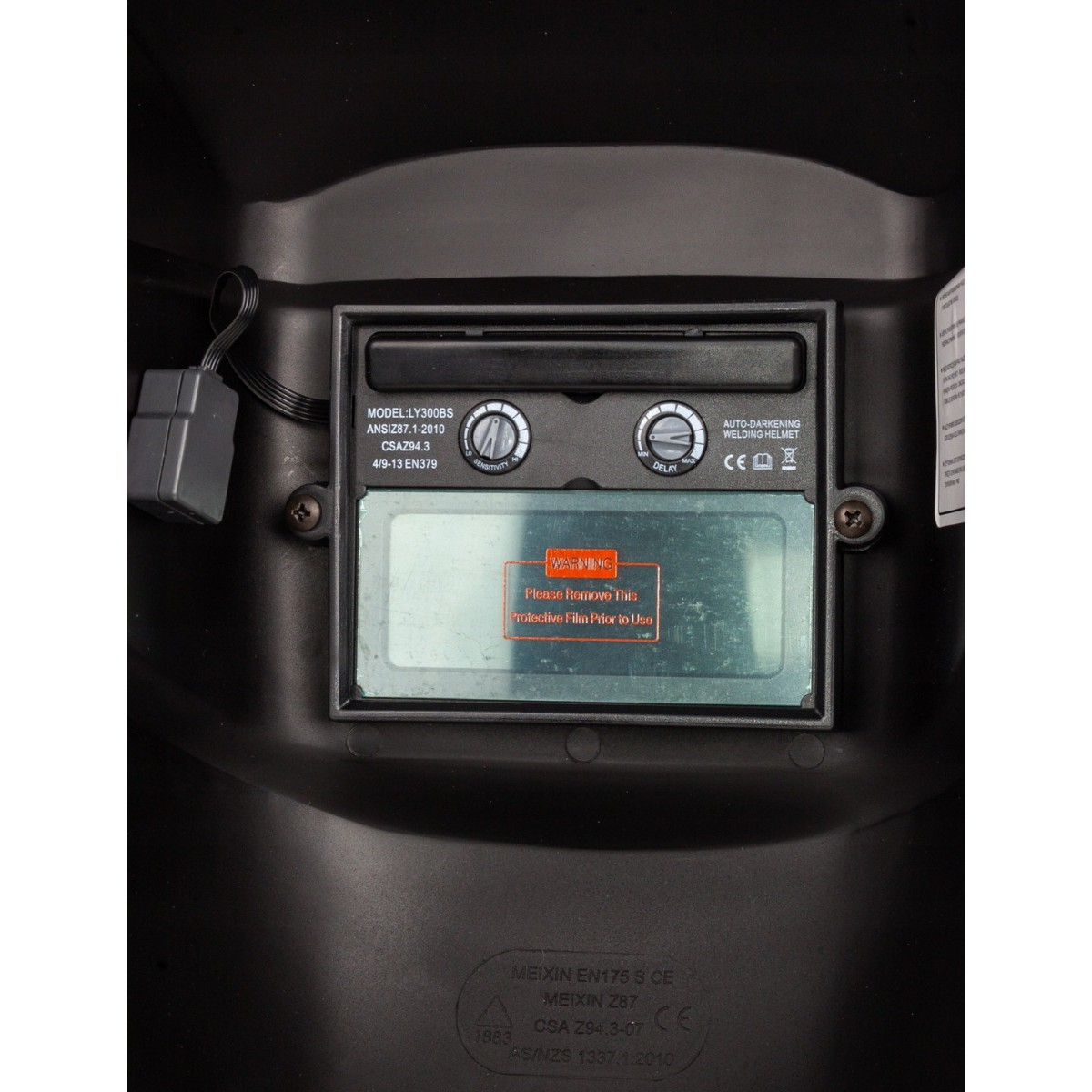 přilba na svařování se Stmívání + 2 filtry + 2 baterie AAA zdarma megamix.shop